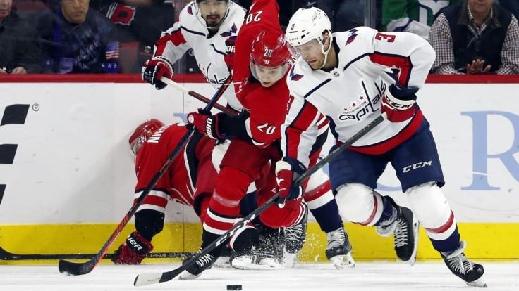 NHL: Pánik strelil gól, no Capitals to nepomohlo. Prehral s Carolinou