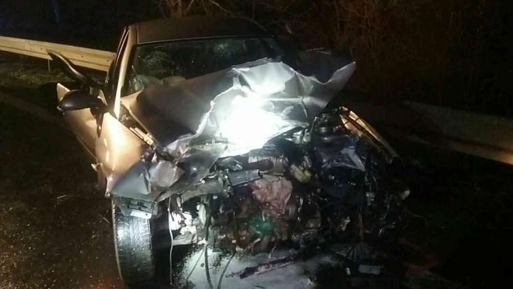 Pri Nižnom Hrabovci sa zrazilo 5 áut, medzi zranenými je aj dieťa