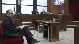 Katalánsky premiér nemôže vykonávať funkciu, rozhodla komisia