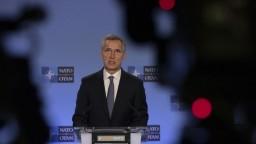 NATO stiahne časť ľudí z Iraku. Mohli by sa stať terčom, uvádza