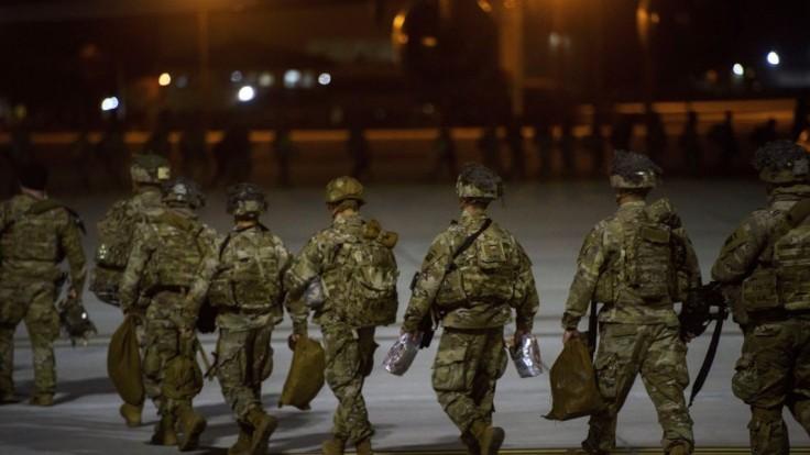 Američania odchádzajú z Kuvajtu, zverejnila agentúra. Hackli ju