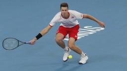 Španieli postúpili do štvrťfinále ATP Cup, Poliaci zaskočili Rakúšanov