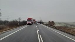 Kamionisti sa nevzdávajú, blokujú cesty po celom Slovensku