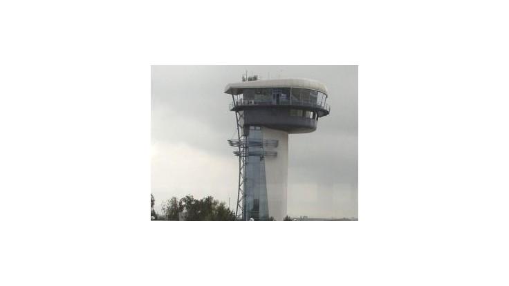 Havária vrtuľníka chod letiska nenarušila, vyšetrovanie nehody pokračuje