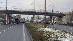 Kamionisti pritvrdzujú, vodiči sa majú vyhnúť ďalším úsekom