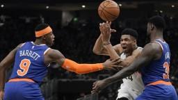 NBA: 37 bodov za 21 minút. Antetokounmpo žiaril pri výhre Bucks