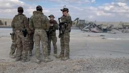 Boj proti extrémistom aj výcvik. USA obnovujú operácie v Iraku