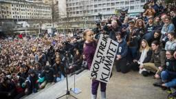 Greta opäť protestovala. Nevidím žiadne činy, odkázala politikom