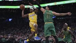 NBA: Súboj veľkých sokov. Lakers prekvapivo s Bostonom prehrali