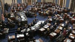 Schválili pravidlá pre proces s Trumpom, debata trvala hodiny