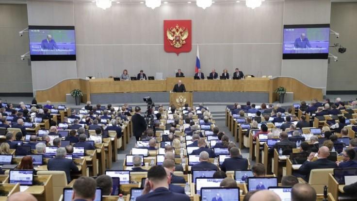 Za ústavné zmeny v Rusku hlasovalo všetkých 432 poslancov