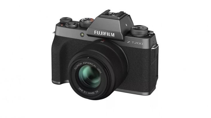 Fujifilm X-T200 s lepším 4K videom a novým výklopným displejom