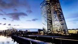 ECB prehodnotí svoje poslanie, prezidentka avizuje veľké zmeny