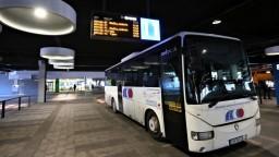 Za krízu s autobusmi nemôže vláda ani štát, reagoval rezort na SaS