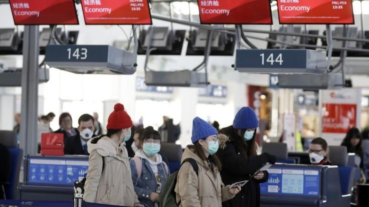 V ČR majú podozrenie na vírus, študenti požiadali o evakuáciu