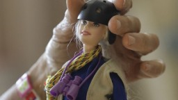 Bábika Barbie bude bez vlasov, s poruchami i na vozíku