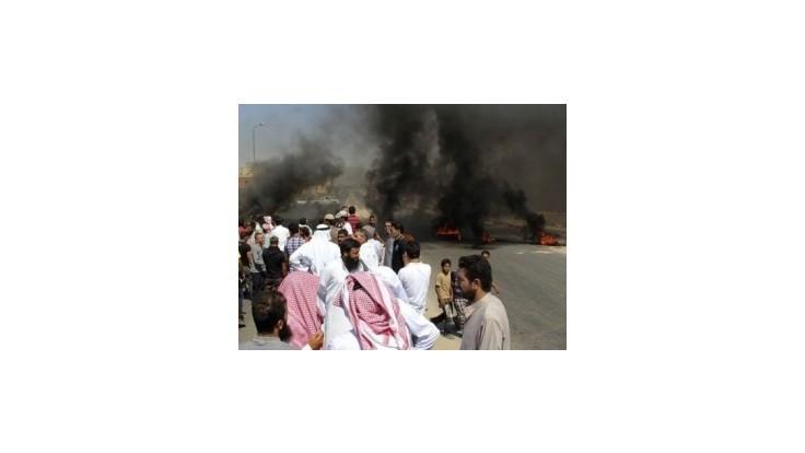 Pri útokoch na Sinaji zahynulo viac ako 20 militantov