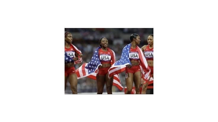 Američanky získali zlato v štafete 4x100m vo svetovom rekorde