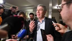 Končím, vyhlásil po zlom výsledku vo voľbách šéf Mosta Bugár