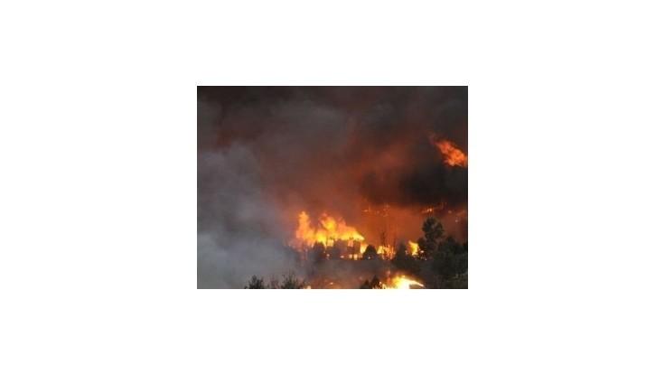 Požiare vyhnali z domovov vyše 4000 obyvateľov Kanárskych ostrovov