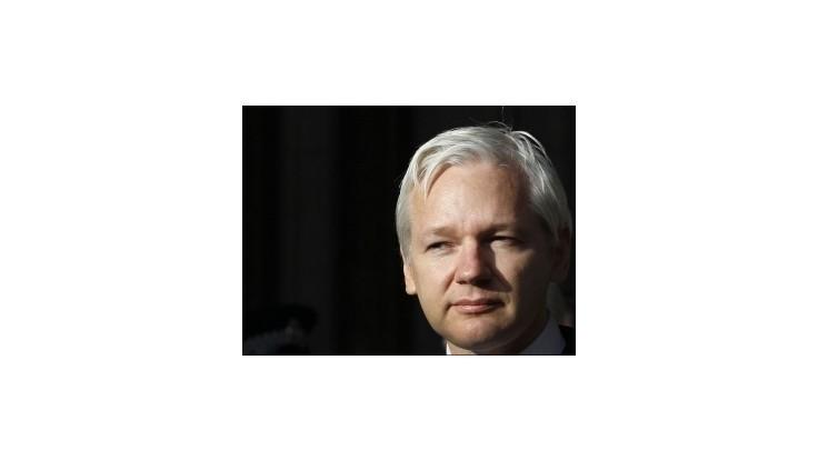 Ekvádor udelí Assangeovi azyl