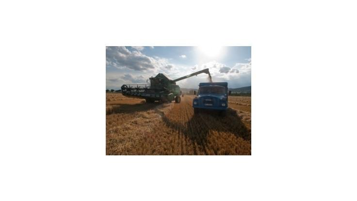 Jahnátek chce vybojovať podporu aj pre veľké agropodniky