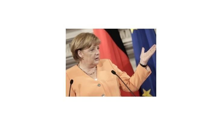 Merkelová: Ak chce Grécko zostať v eurozóne, musí plniť sľuby