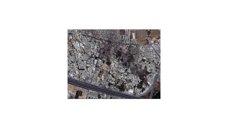 Pri útoku sýrskej stíhačky v Damasku zahynuli desiatky ľudí