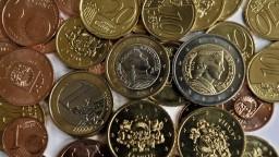 Drobné mince chcú stiahnuť z obehu, zákazníkom sťažujú život