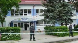 Benčík podáva trestné oznámenie na Mazureka. Ide o útok na školu