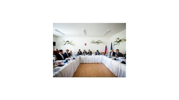 Vláda chce ďalší poradný orgán - Radu pre podporu exportu