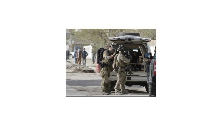 Návštevu českého premiéra v Afganistane narušil teroristický útok
