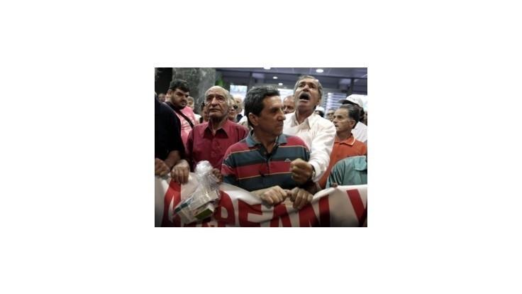 Grécki penzisti vtrhli na ministerstvo zdravotníctva