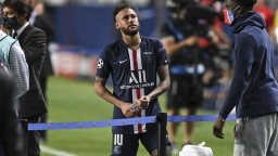PSG sa dostal do problémov, traja dôležití hráči majú koronavírus