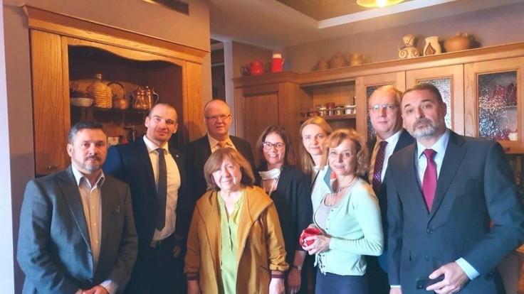 Spisovateľku podporila aj SR, v Bielorusku sa obáva únosu