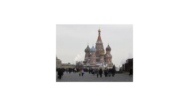 Tisíce ruských veriacich si pripomenulo výročie víťazstva Ruska nad Napoleonom
