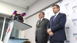 SNS si volila nového šéfa, strana sa rozhodla pre kontinuitu
