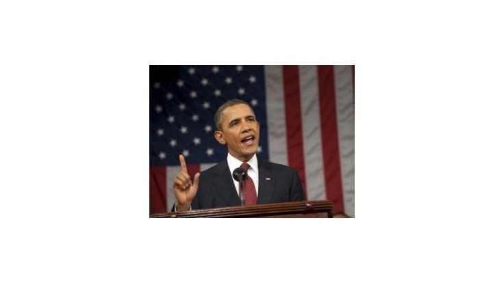Obama si udržiava náskok pred Romneym