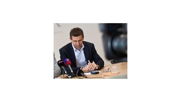 MOST-HÍD: Novela Zákonníka práce je dohodou medzi stranou Smer-SD a odbormi
