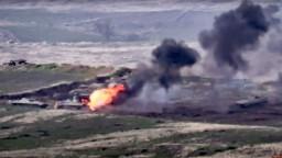 Spor o Náhorný Karabach ožil. Ťažké boje si už vyžiadali obete