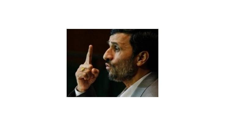Ahmadínedžád: Za sucho je zodpovedný Západ, kradne nám mraky
