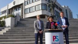 Premiérovi chcú radiť aj progresívci, predstavili svoj návrh pomoci