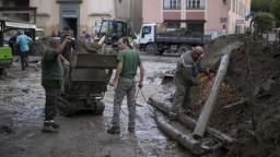 Taliansko a Francúzsko sužujú záplavy, pátrajú aj po nezvestných