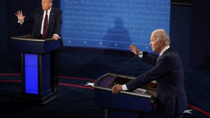 Biden je ochotný debatovať s Trumpom. Nechá si poradiť od vedcov