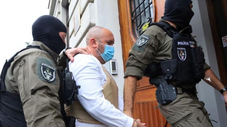 Neuspel. Obvinený z prípravy vraždy Lipšica ostáva vo väzbe