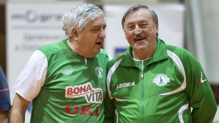 Legendárny československý futbalista je na tom zle. Má Covid-19