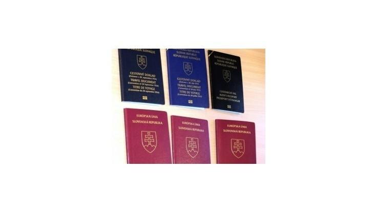 Parlament schválil zmeny v zákone o cestovných dokladoch