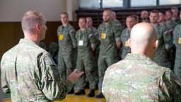 Do boja s nákazou nasadzujeme armádu. Čo bude jej úloha?