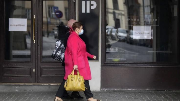 ČR má rekordný nedeľný prírastok, pribudli i desiatky mŕtvych