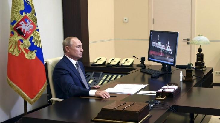 Rusi prenikajú do samospráv, tvrdia vojenskí tajní v správe